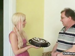 fucking a cake and legal age teenager pussy