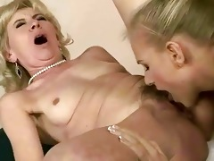 youthful hotty licking old cunt