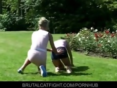 wife catches hubby with golden-haired and hits her